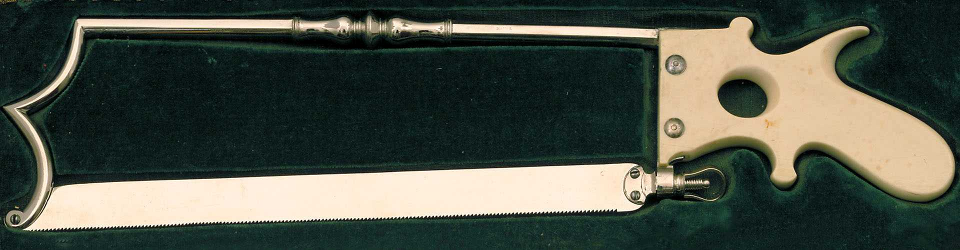Ferri per guarire: Lancets and Surgical Instruments from the 18th and 19th Centuries